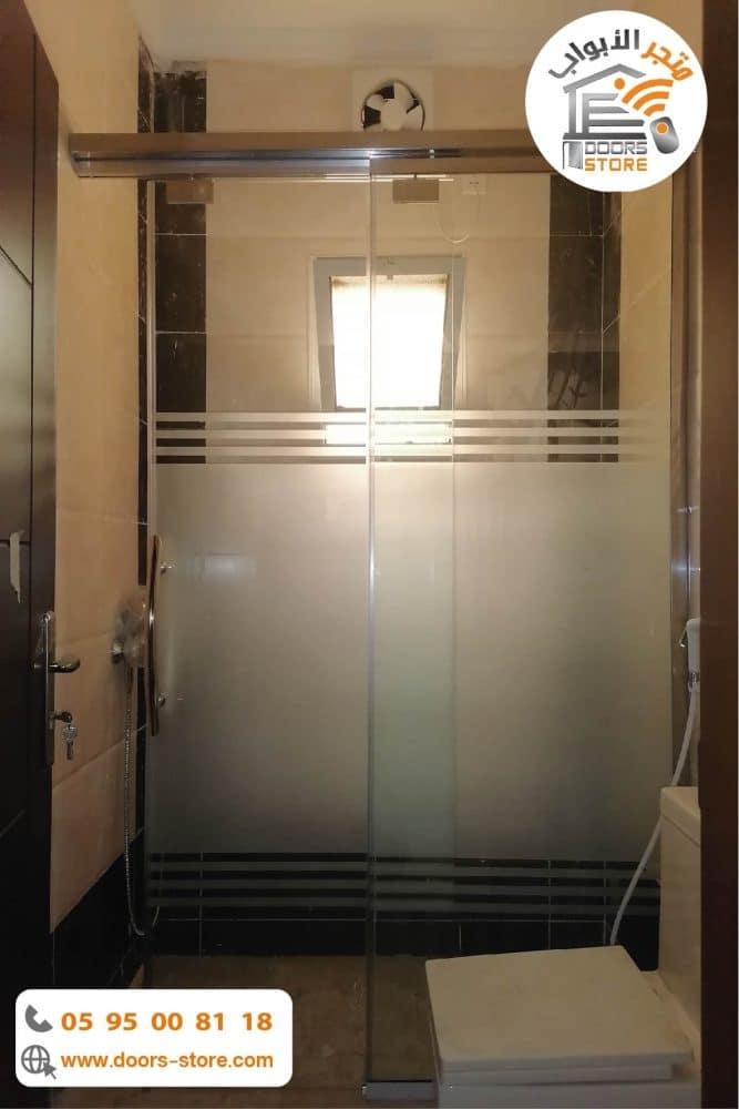 كابينة استحمام درفة سحاب مفتوح
